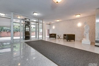 190 First St, Mineola, Long Island, NY - Home for Rent - NYTimes com