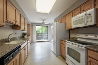 2000 Chestnut Avenue, Glenview, Cook County, IL - Home for