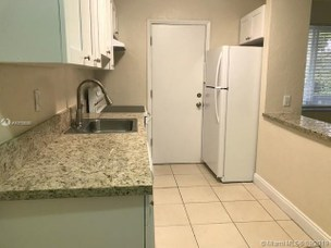 890 Nw 45th Ave, Flagami, Miami, Miami-Dade County, FL